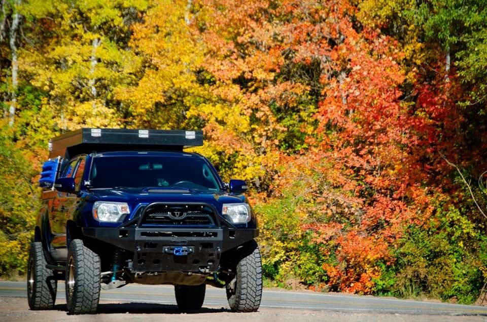 Front Bumper Bracket for 2012-2015 Toyota Tacoma Driver /& Passenger Set of 2